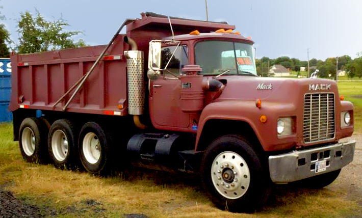 Brown mack truck
